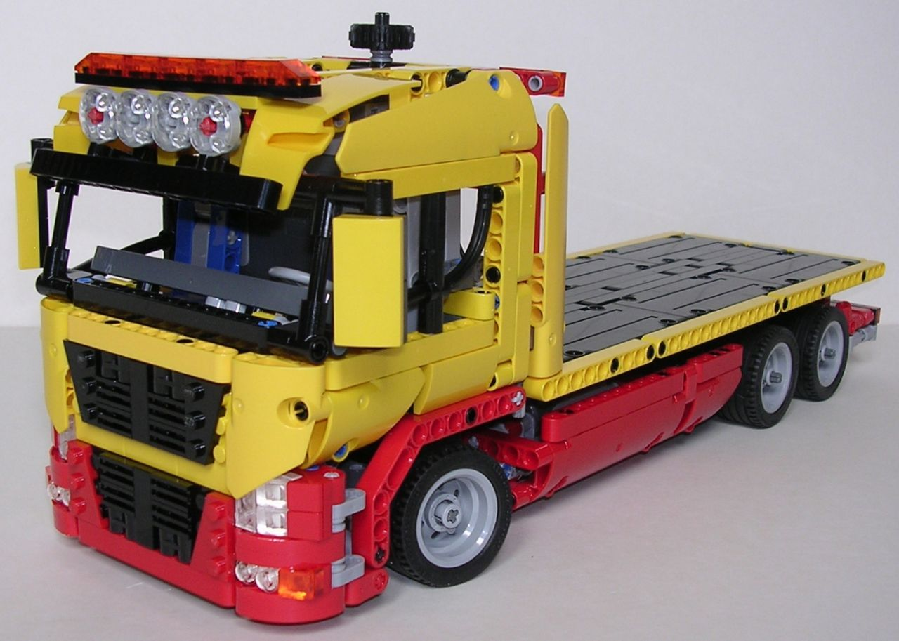 review lego technic 8109 camion de d pannage lego technic pinterest lego. Black Bedroom Furniture Sets. Home Design Ideas