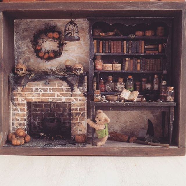 Dollhouse Miniature Roombox Sitting Room: Halloween#witch#witchroom#teddybear ♡ ♡