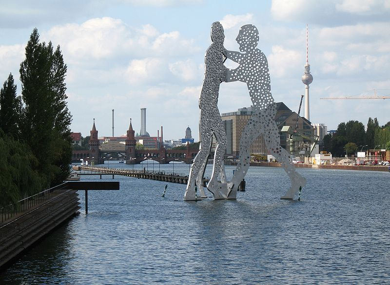 Molecule Men Berlin