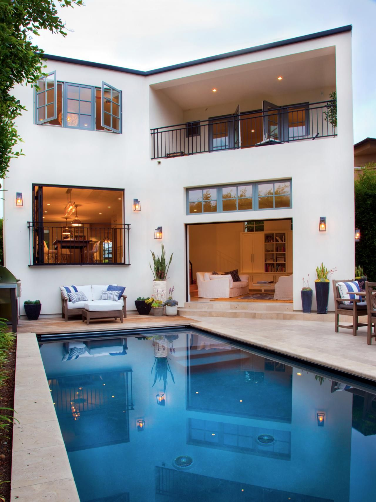 Small Swimming Pool Ideas And Pictures Small Swimming Pools Small Pool Design Swimming Pool Designs