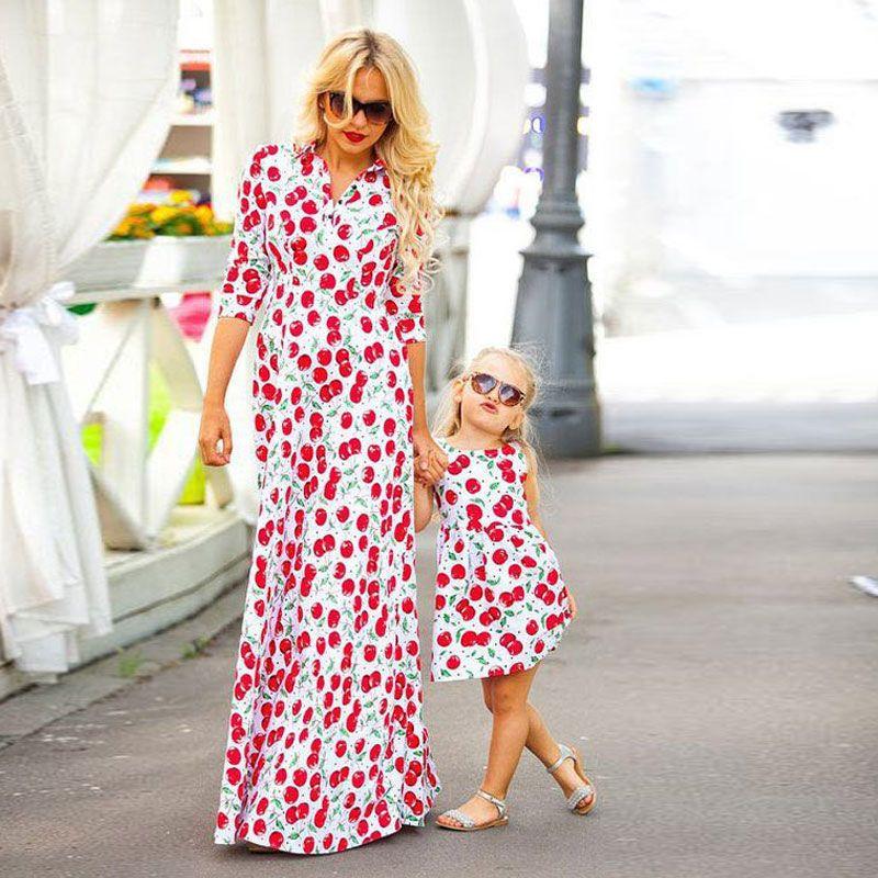 d2d3b1489e7fa Купить товар Платья для мамы и дочки вишня Платье с цветочным принтом  Одинаковые комплекты для семьи с короткими рукавами мама для девочек  повседневные ...