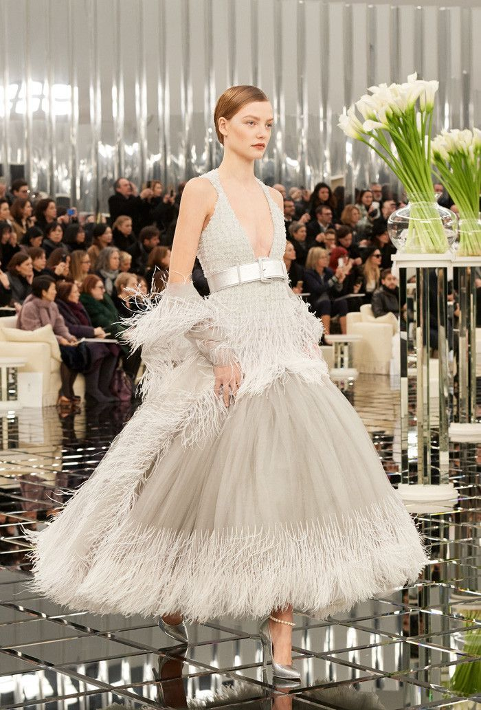 Lily Rose Depp Just Cemented Her It Model Status By Closing The Chanel Haute Couture Show In Paris See Bridal Look Here