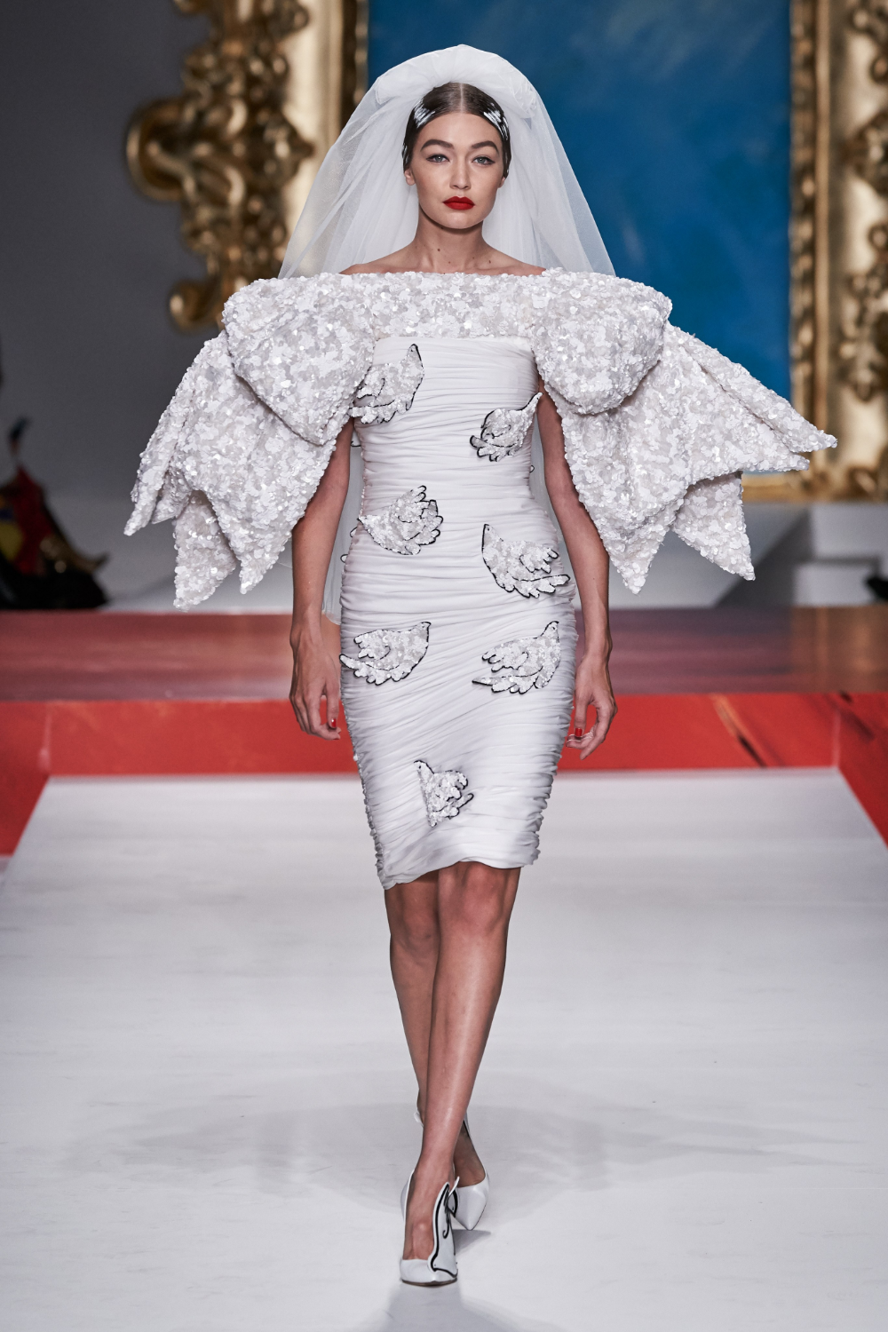 Moschino Spring 2020 ReadytoWear Fashion Show (With