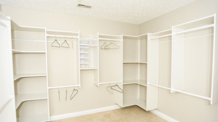 7 Key Features Of Custom Closet Systems