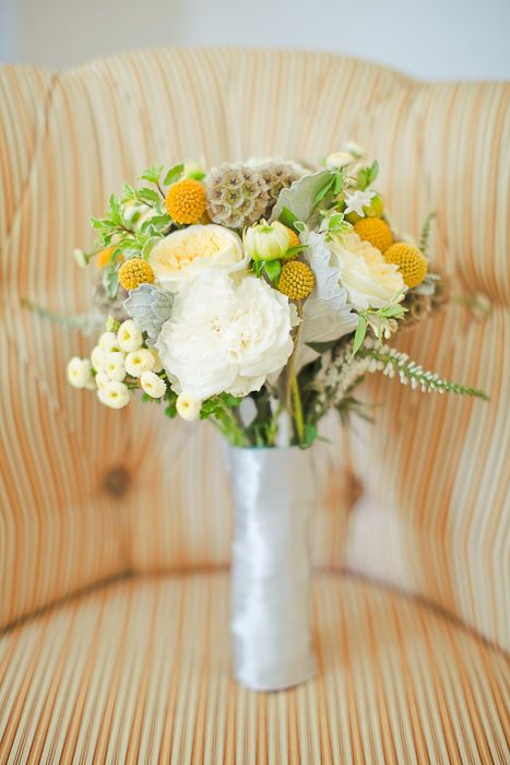 yellow and gray natural bouquet.