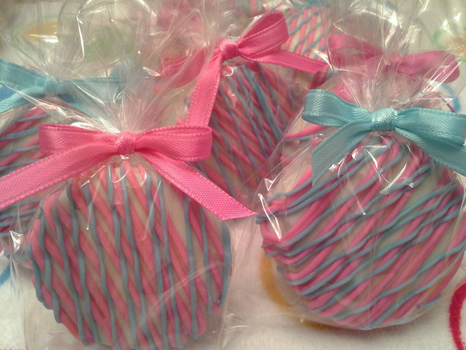 Aqua and Hot Pink Chocolate Covered Oreos Cookies Wedding Favors ...