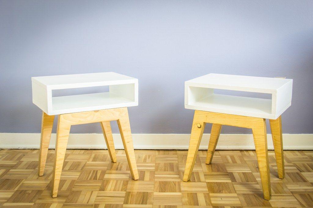 fabriquer des tables de chevet scandinaves bricolage pinterest table de chevet scandinave. Black Bedroom Furniture Sets. Home Design Ideas