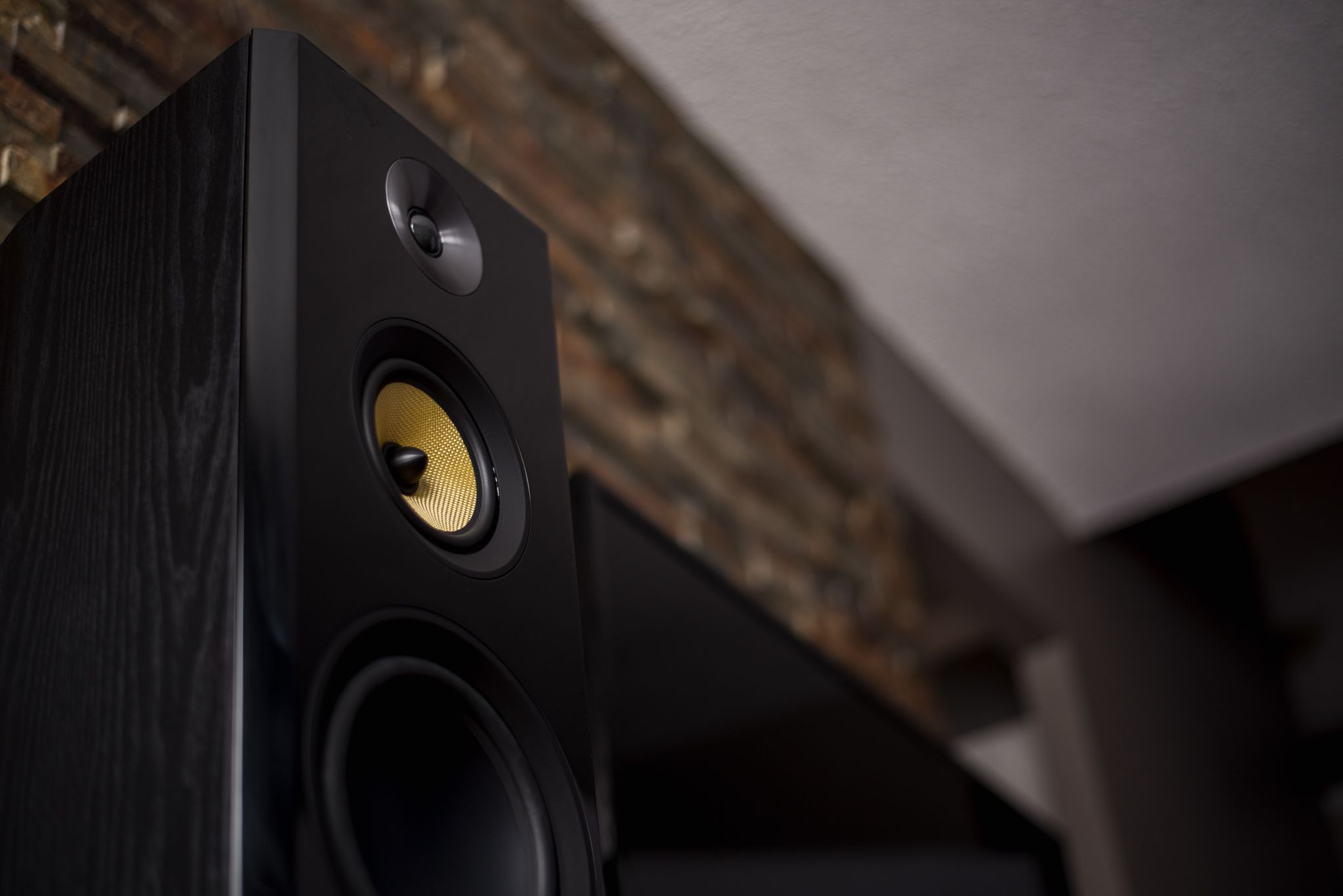 Signature Series HiFi Threeway Floorstanding Speakers
