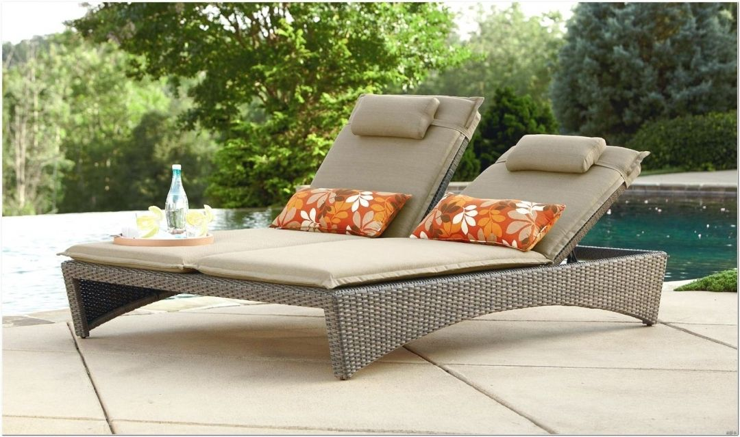 Keter Lounge Chairs Grey   A Lounge Chair Is What You Should Have Always  Wanted To Add To Your Poolside.