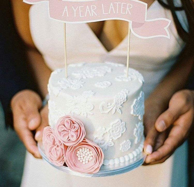 Beautiful 1 year anniversary cake