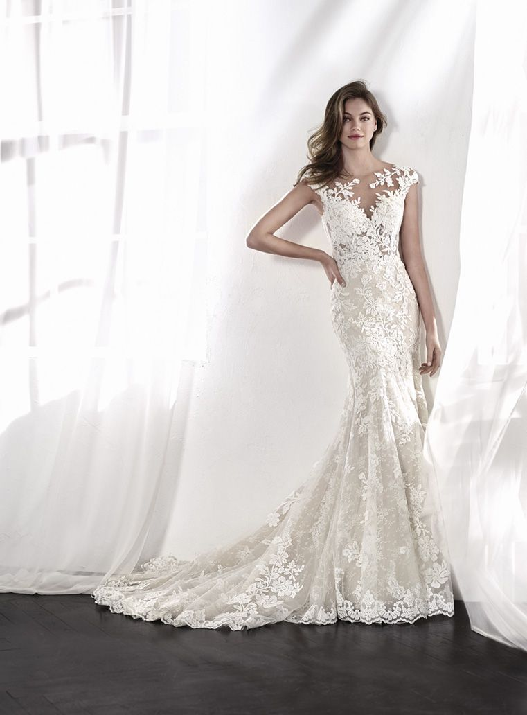 Pin By Paige Spinks On Wedding St Patrick Wedding Dress Wedding Dress Inspiration Wedding Dresses