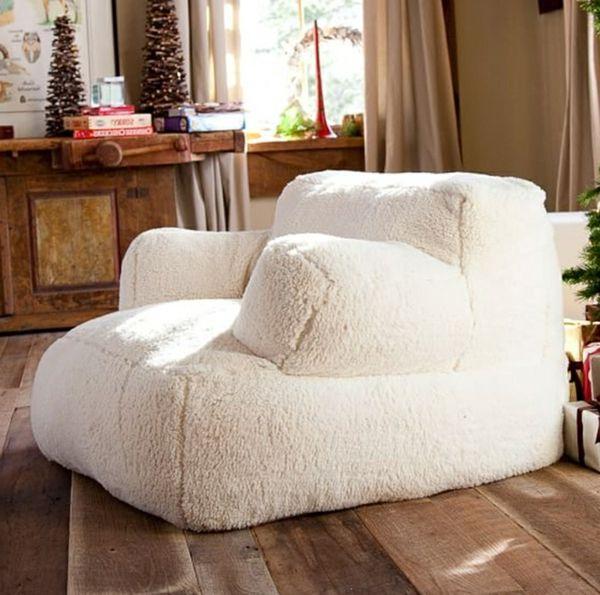 pouf géant, un fauteuil de sol moelleux