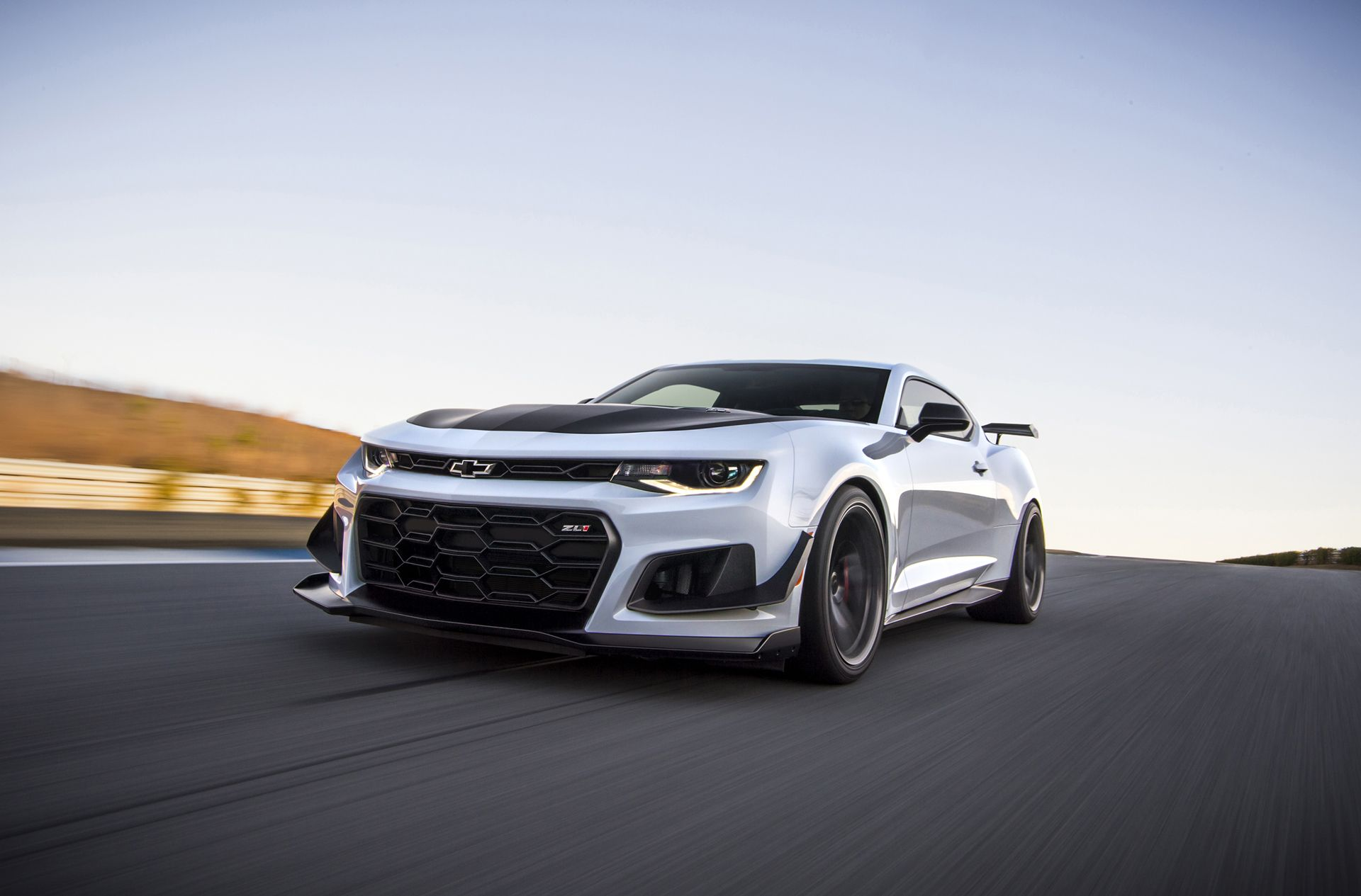 chevy camaro zl1 1le is too dangerous to be sold in europe love on rh pinterest com