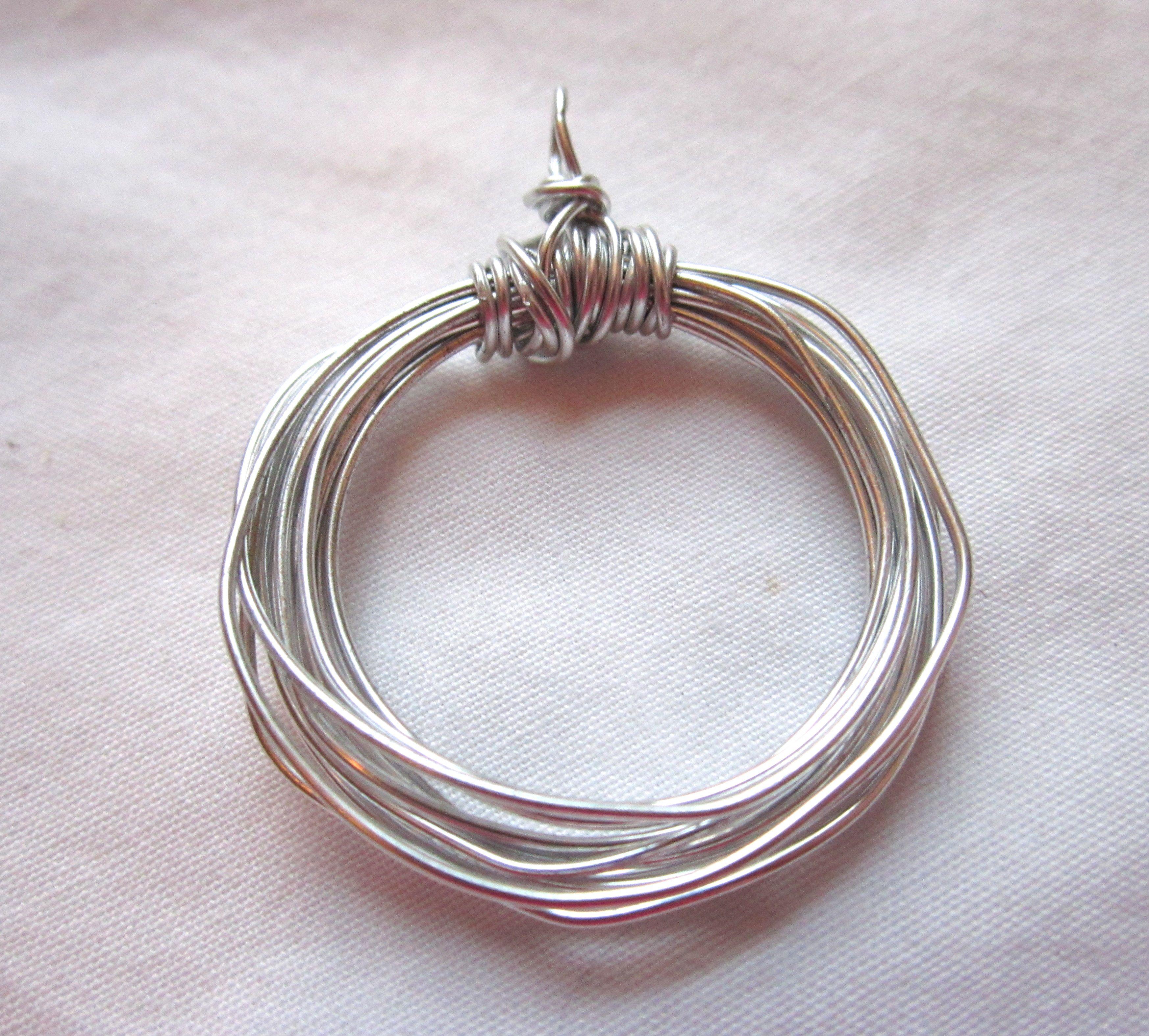 Wire Wrapped Circle Pendant Tutorial #diy #handmade #jewelry ...
