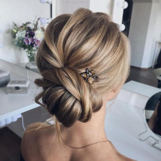 20 schöne Hochzeit Hochsteckfrisuren – Updos for medium length hair – Aheyko Blog