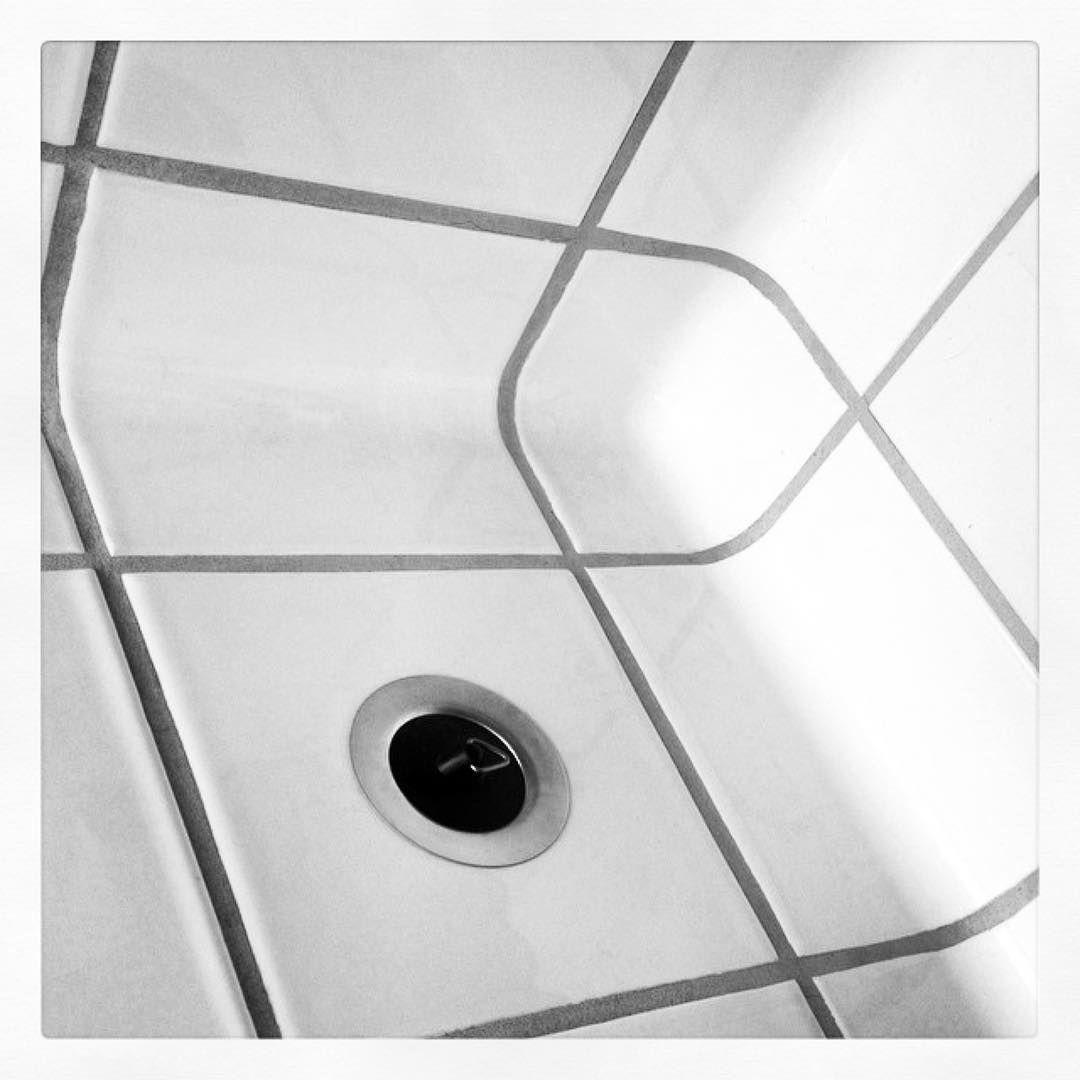 #Repost @dykeanddean ・・・ #dtile #sink #dykeanddean #hygienic #functional #minimalism #minimal #kitchen #kitchendesign #kitchensink #bathroom #bathroomdesign #tile #tiles #tileporn #15x15cm #grid #design #interior
