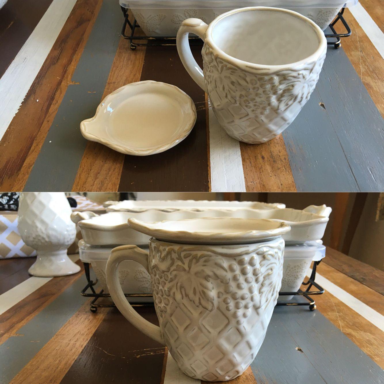 So much more than a mug! 18oz mug sculpted handle and