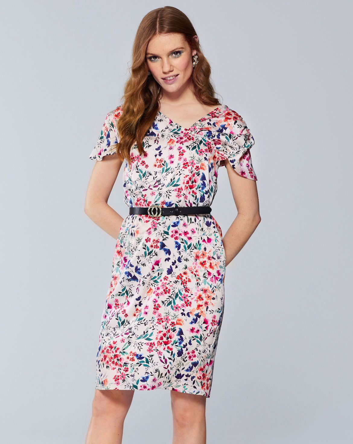 Blumchenkleid 03 20 2c In 2020 Kleider Modestil Mode