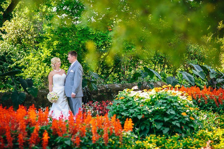 Leah And Scottsu0027s Boerner Botanical Gardens Wedding Milwaukee Photographer  Andy Stenz