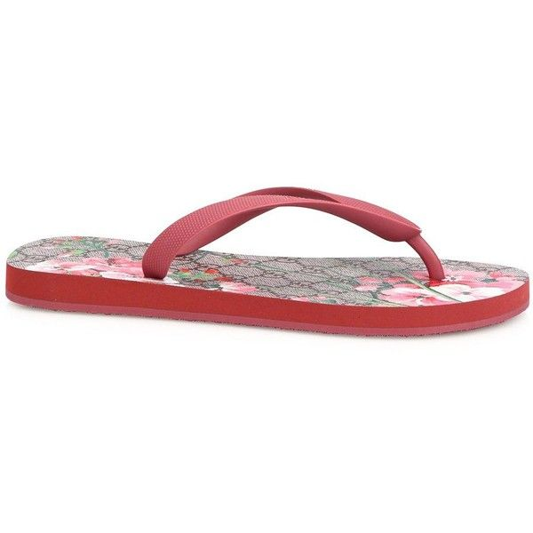 26aaa6b5302 Gucci GG Bloom Rubber Flip Flops ( 270) ❤ liked on Polyvore featuring shoes