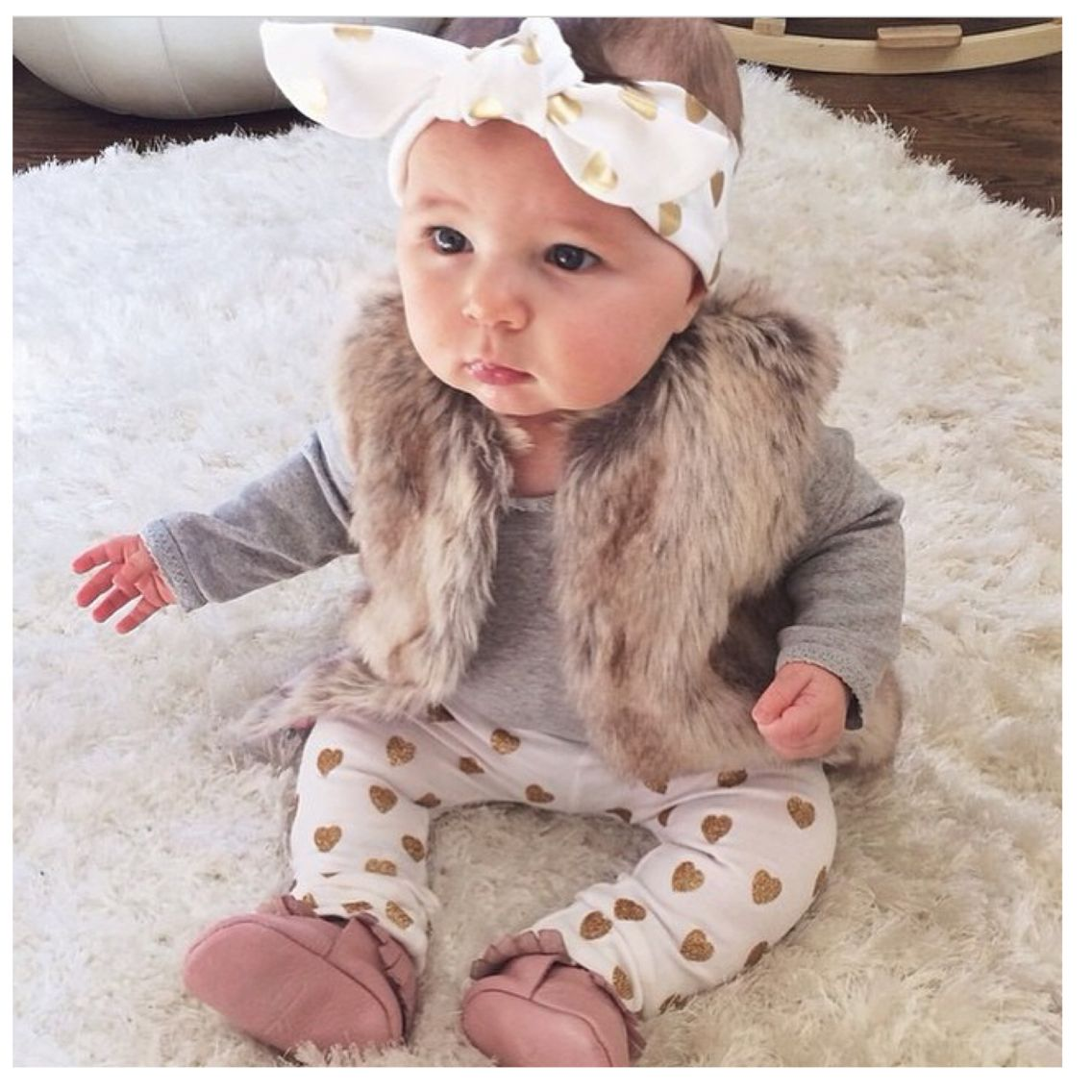 If I have a girl, this will def be her style  Baby girl outfits