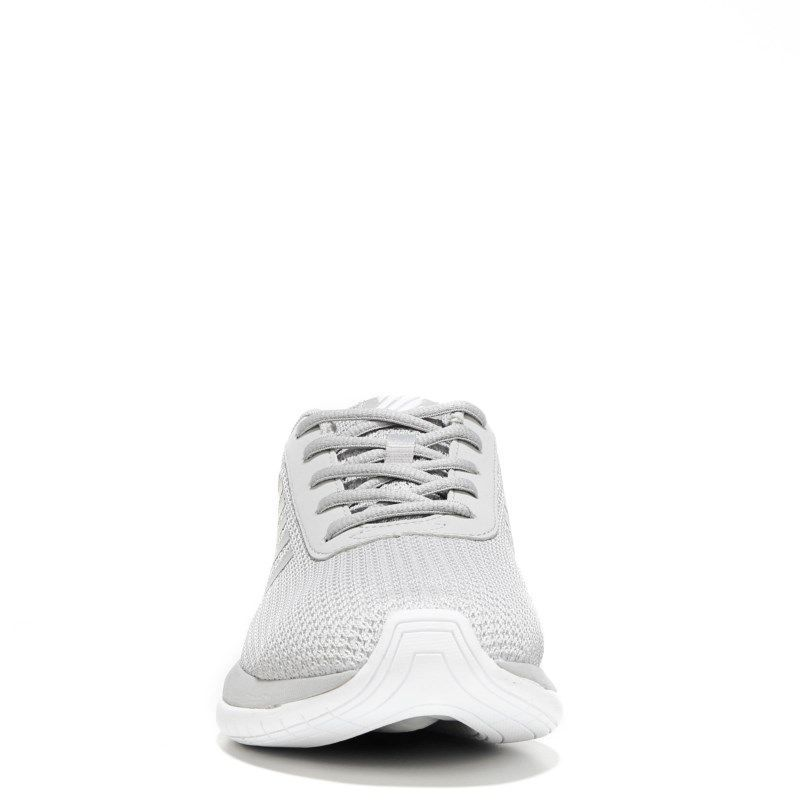 Infinity Nike White Sneakers - Musée des impressionnismes Giverny 6cc0ad2d47ad