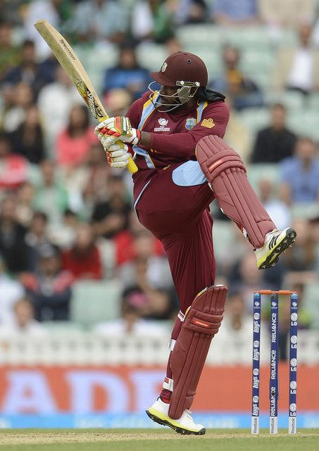 CT13 Match 1 Group Stage - Pakistan v West Indies: Chris Gayle pulls a short ball from Mohammed Irfan for 4 as the big man helps West Indies recover from two early wickets down.