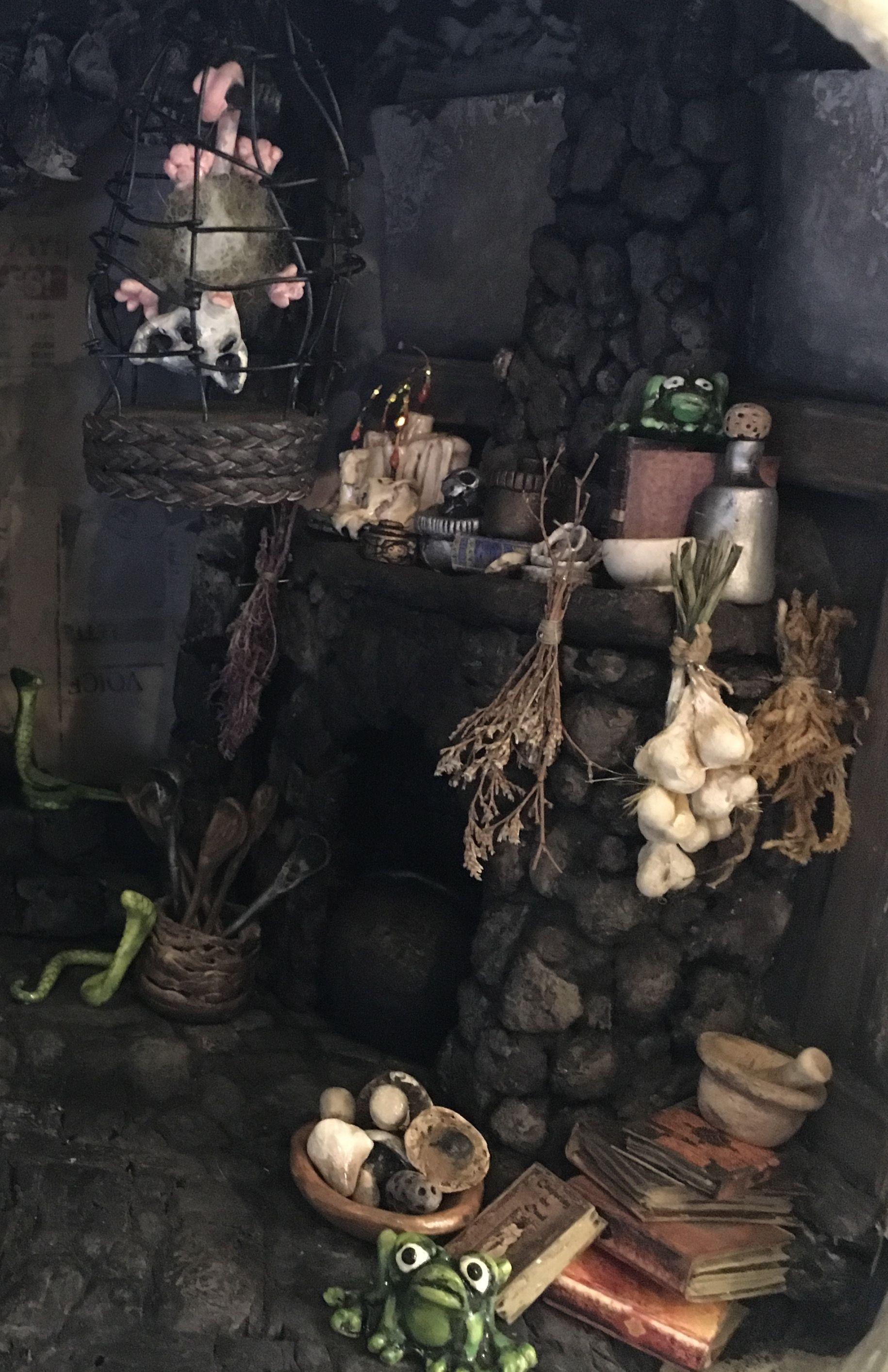 Miniature witches cottage by sculpture artist Jessica Dvergsten. #witchcottage