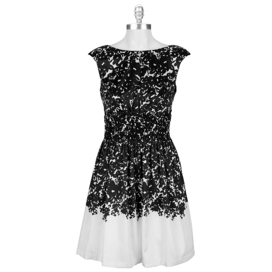 Jessica Simpson Smocked Full Skirt Dress Beautiful Outfits Full Skirt Dress Jessica Simpson Style [ 900 x 900 Pixel ]