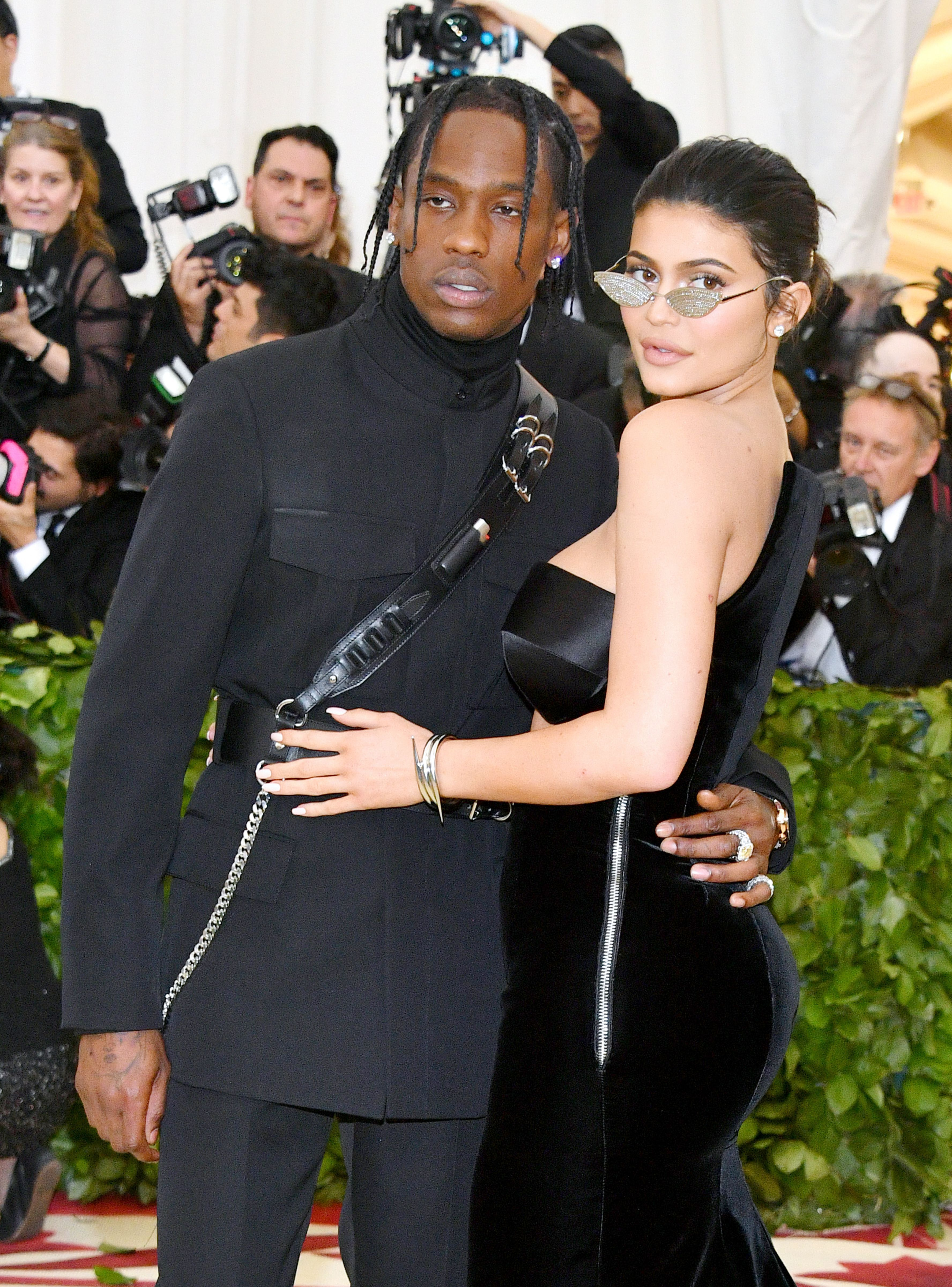 Kylie Jenner Travis Scott Make Matching Red Carpet Debut At Met Gala Refinery29 Kylie Jenner Travis Scott Kylie Travis