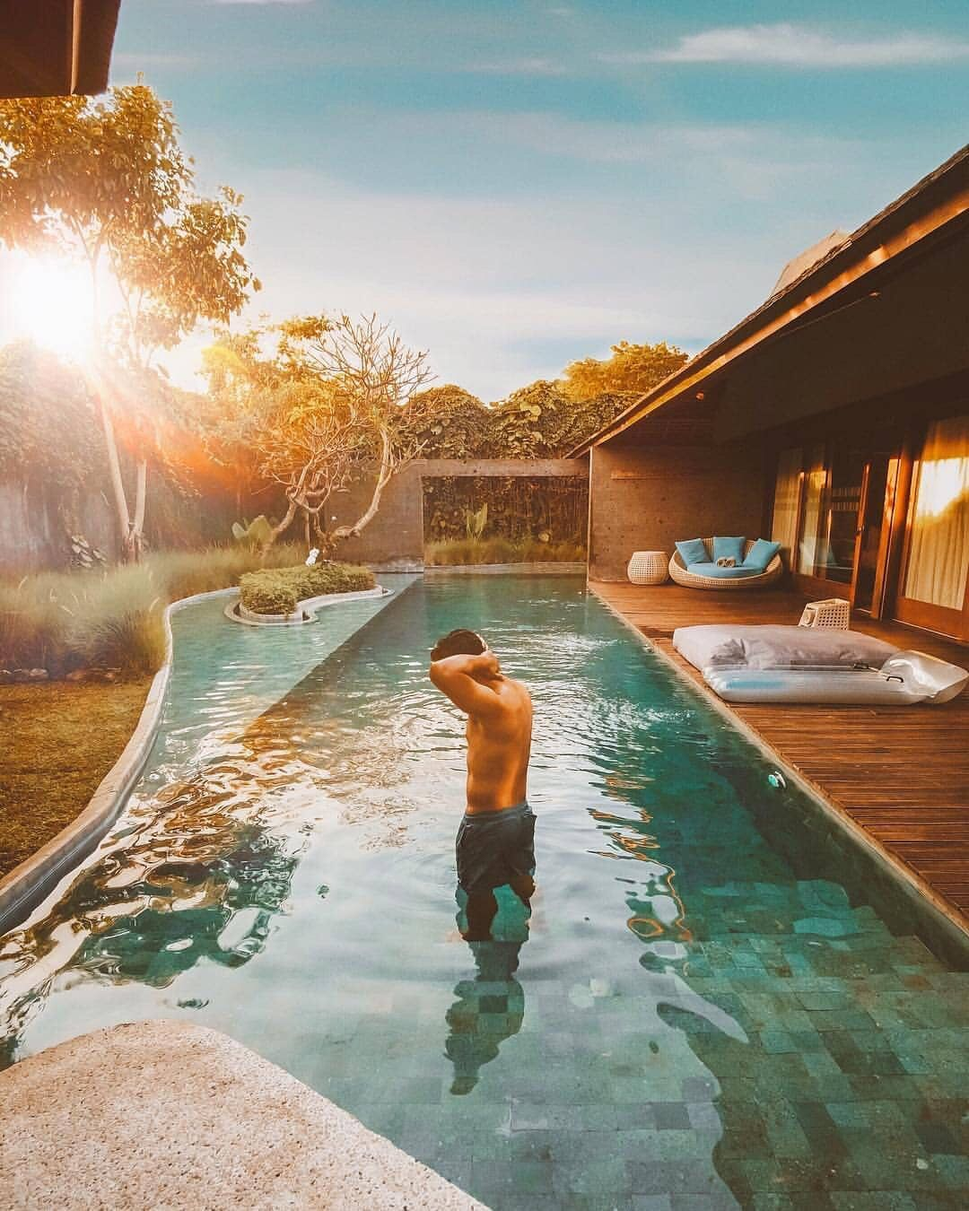 Rekomendasi Tempat Objek Wisata Bali Villa The Santai Umalas