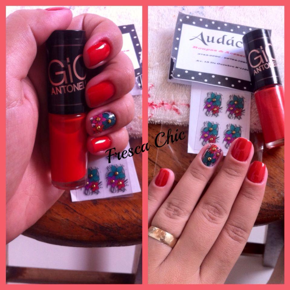 In Lo❤️e #nails #unhasdasemana #esmaltes #gioantonelli #loucasporesmaltes #vidrinhos #adesivo #loucasporvidrinhos #esmaltrolatras #viciadasemvidrinhos #usoadesivosim #nailsart #floral #vermelho #red #feminices #dica