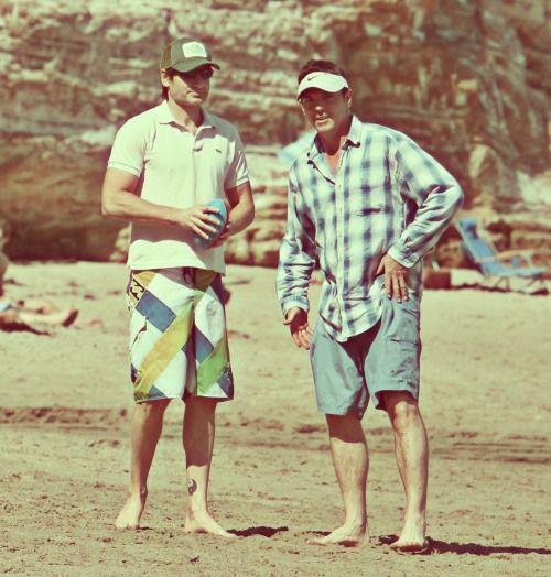 David Duchovny and Nicholas Lea- Beach buddies. #XFiles2015