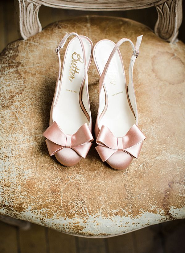 Photo By Cly Matthew Event Planner Christine Of Exquisite Affairs Productions Venue Er Shoesblush Shoespink Wedding