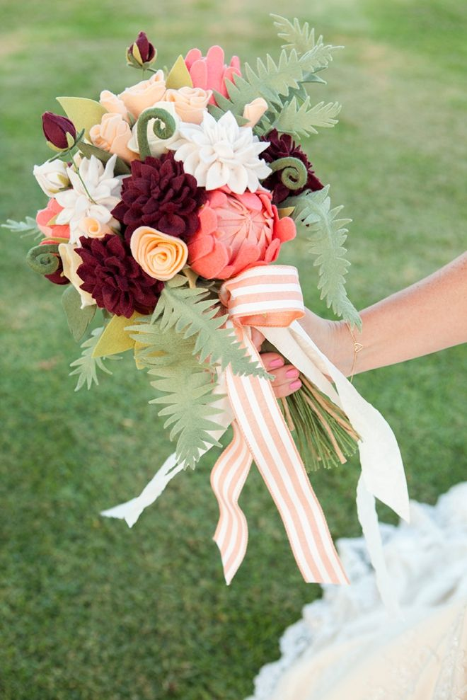 How To Make The Most Gorgeous Felt Wedding Bouquet! | Wedding ...