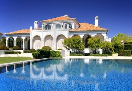 Homes of the rich and famous real estate of los angeles for Inside homes rich famous