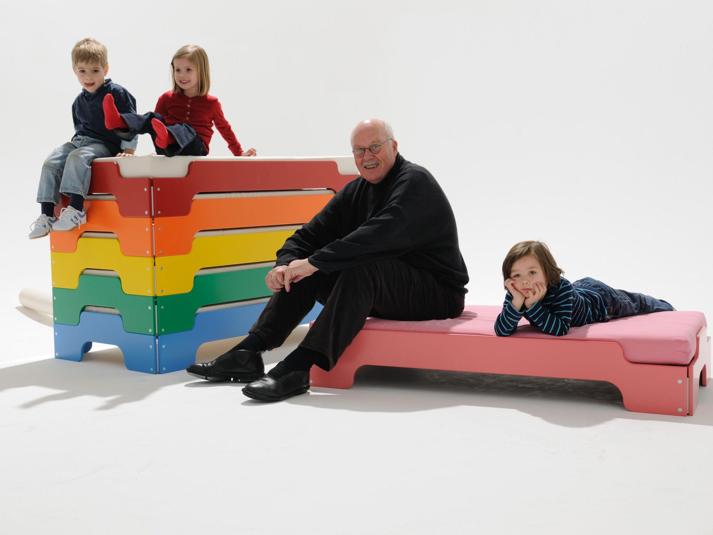 Stackable bed for kids' bedroom BED FOR KIDS' BEDROOM by Müller Möbelwerkstätten design Rolf Heide