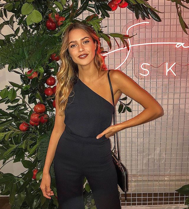 0e2d733468417 Casey James in the Aria Jumpsuit What To Wear