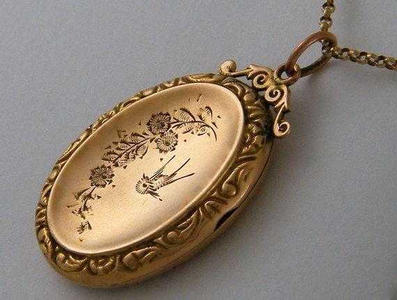 C 1900 Lovebirds 9k Antique Rose Gold Locket By Antiquelockets