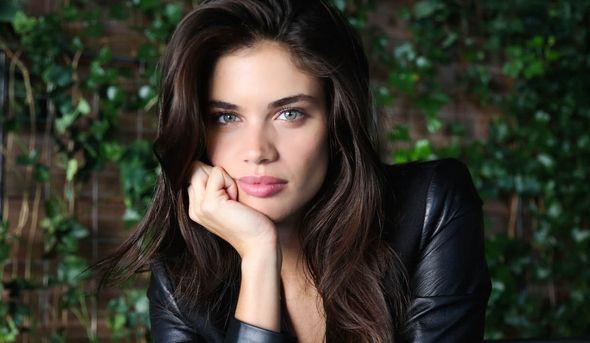 Sara Sampaio | Victoria's Secret | Pinterest | Getting to know ...