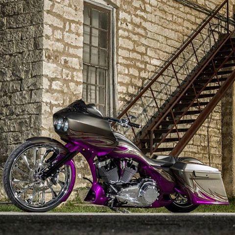 Bagger custom paint | Baggers | Pinterest | Harley davidson, Custom baggers and Cars
