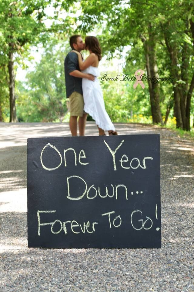 096147b82b One year anniversary photo! I like this. We had our vow renewal on our first  year so we had ton of pics, but to do a pic every year is something I ...