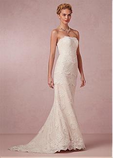 Graceful Tulle Mermaid Strapless Neckline Natural Waistline Wedding Dress