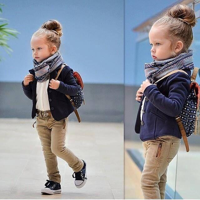 La petite fille mode enfant pinterest les petites filles petite fille et filles - Vetement bebe fille fashion ...