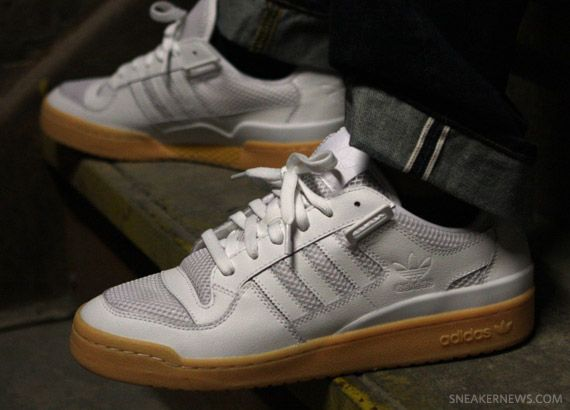 pretty nice eb46a 40e09 adidas Forum Lo RS – White – Gum