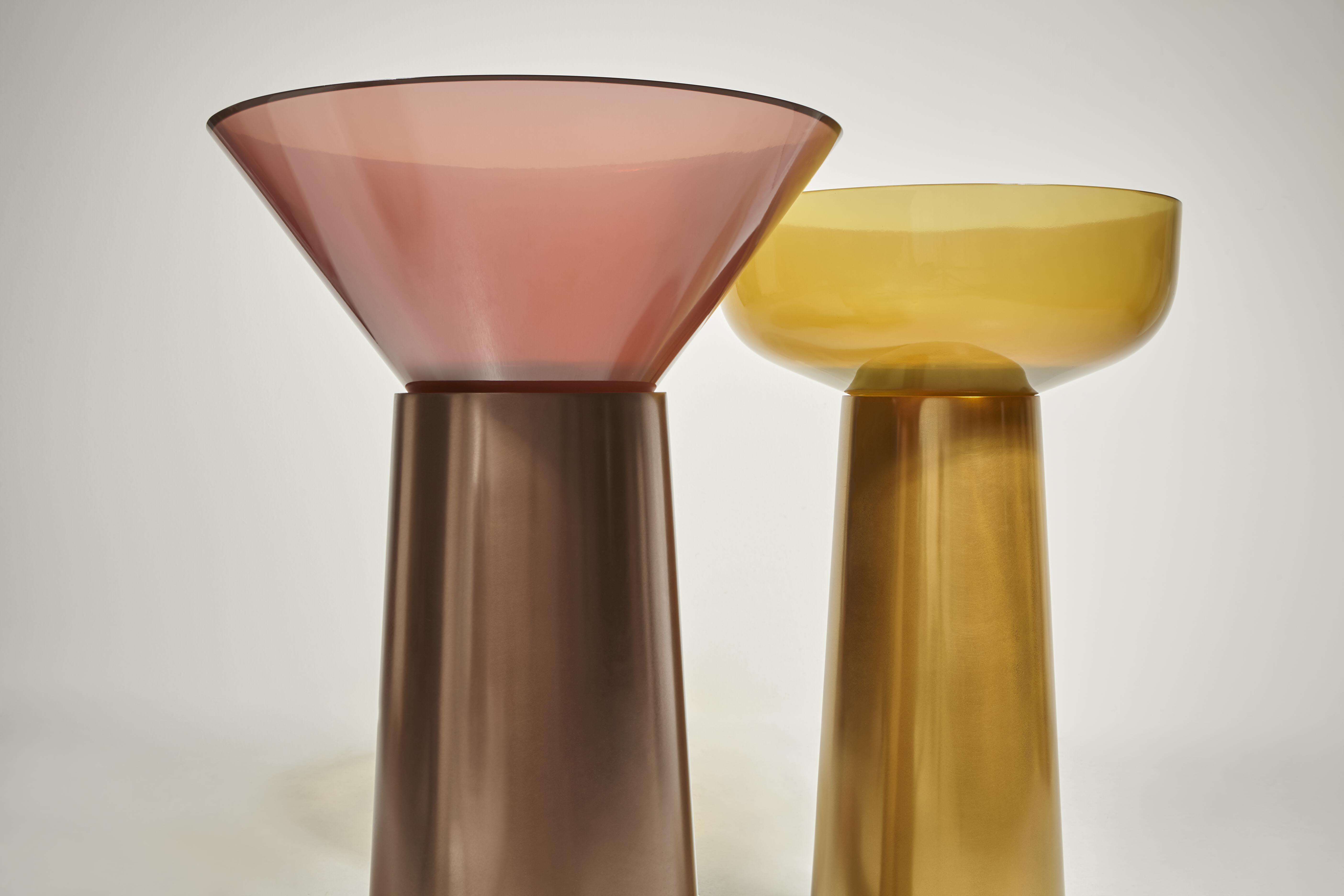 Lavabo A Colonna Design edizione speciale del lavabo albume con colonna in bronzo e