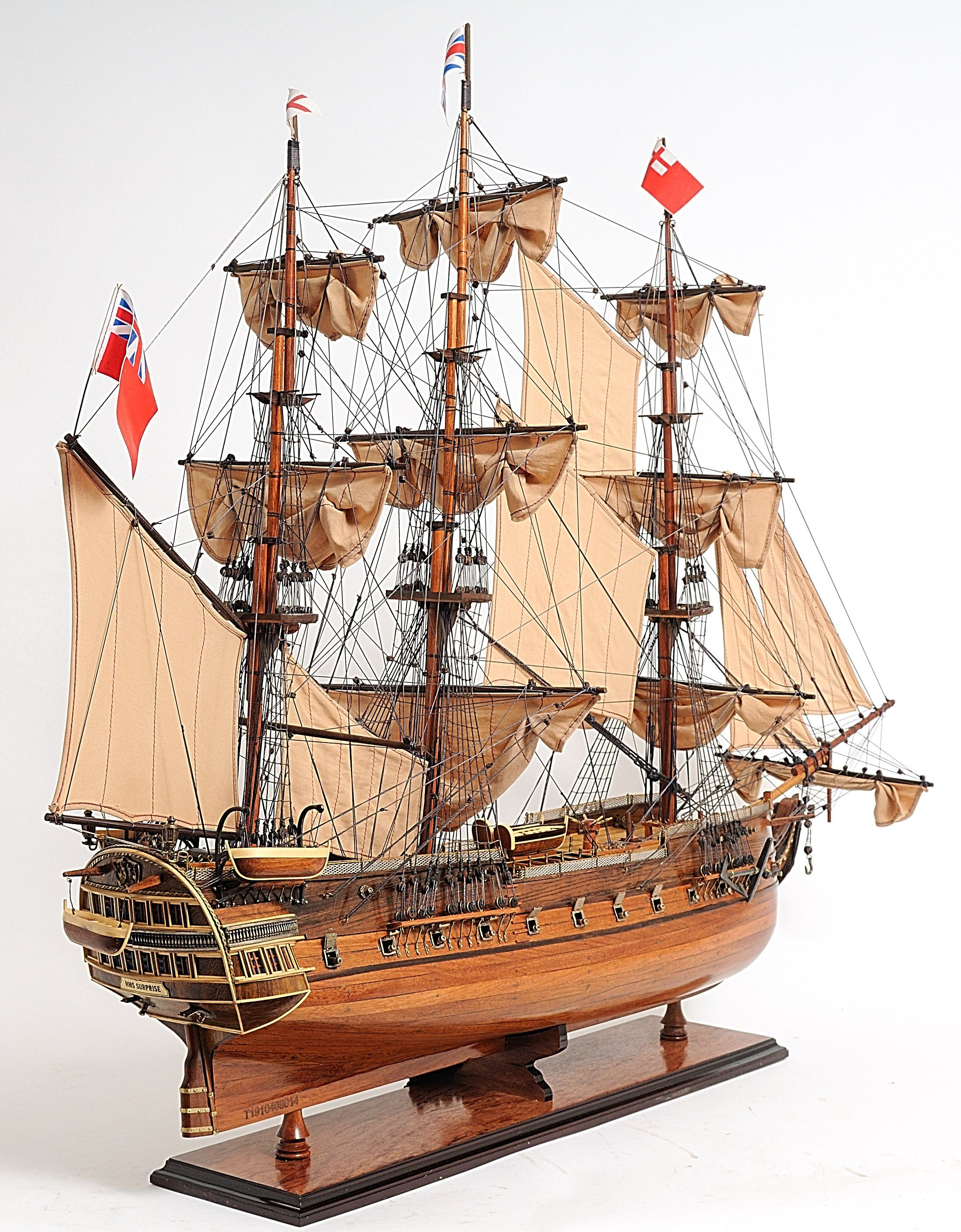HMS Surprise Model Display – 37 / 12 / 31