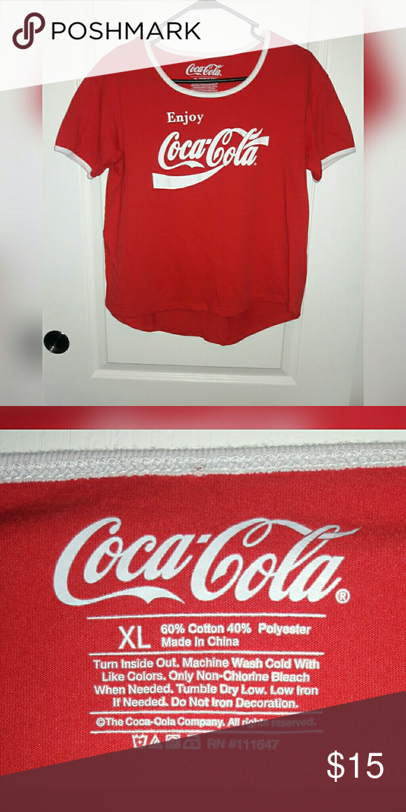 13c1293dbe15c Red Coca-Cola Cropped Top! This item is a Red Coca-Cola Cropped