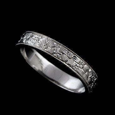 Flower Engraved Wedding Band Floral Wedding Ring Women S Etsy In 2020 Engraved Wedding Rings 14k White Gold Wedding Band Wedding Rings For Women