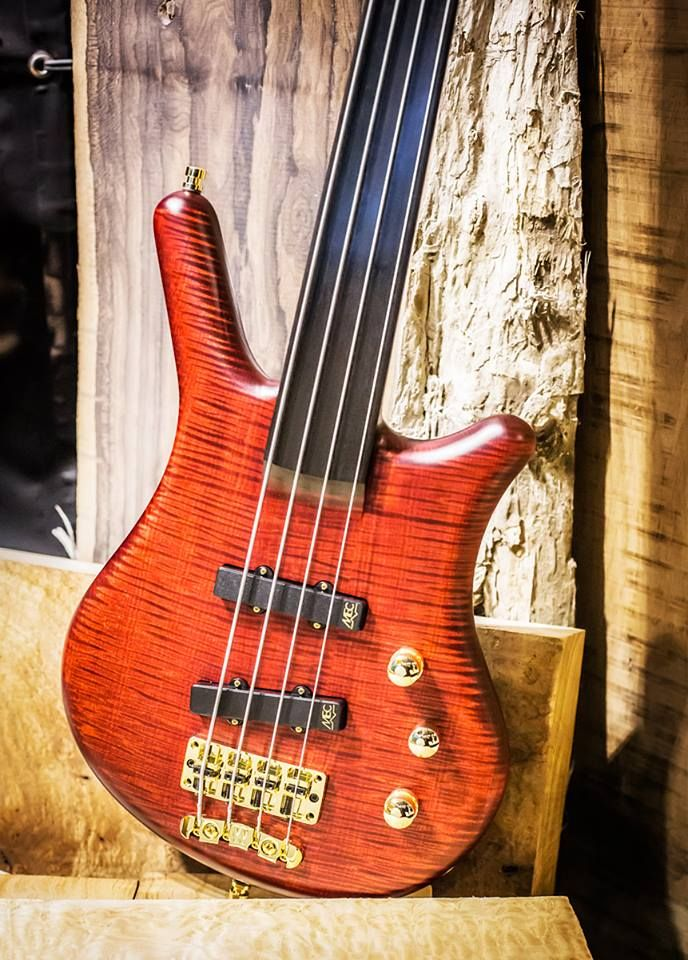 Warwick Thumb Bass NT 4 Fretless AAA Flamed Maple Top Burgundy Red Transparent Satin